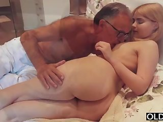 legal yo lass smooching and pokes her pretend daddy in his bedroom