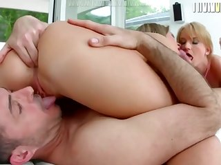 Blonde Babes Have Threesome