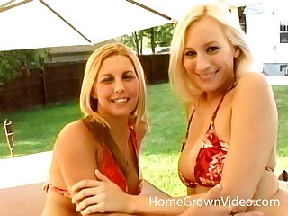 two horny lesbians decide to reach unforgettable orgasm together outside