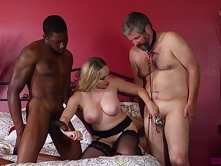 Matured wife enjoys a handful of horny bobtail for wild threesome porn