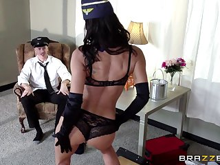 Nasty cum in mouth ending to morning sex concerning MILF Lezley Zen