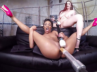 Nikki Darling & Bella Rossi in Two Girls One Fucking Machine! - KinkVR