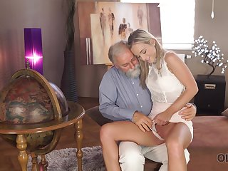 Old tramp wants to see Shanie Ryan's pussy and that sexy girl is hardly shy