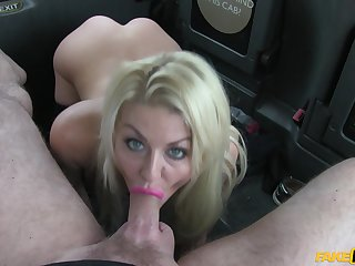 Nice display with a top wife sucking and fucking the taxi driver's cock
