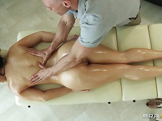 Massage therapist makes Jayden Jaymes randy for his stiff dick